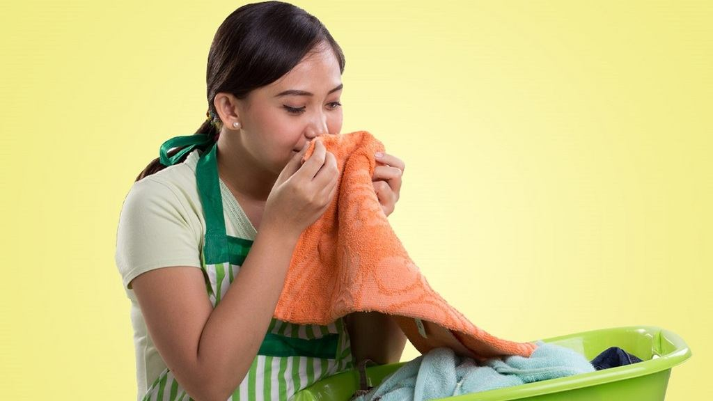 How To Get Weed Smell Out Of My Clothes